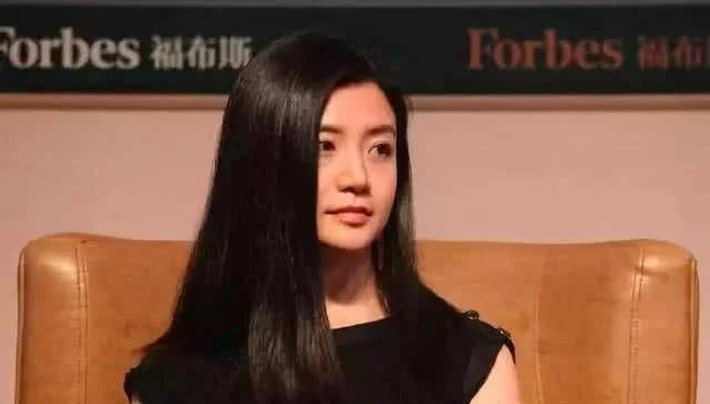 最美女富豪,马云三顾茅庐,百亿身家39岁还单身