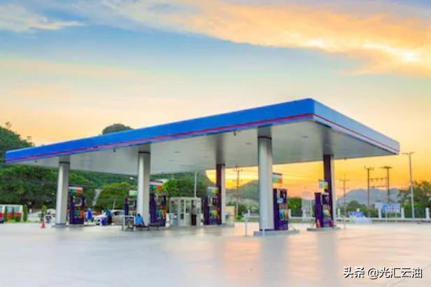 国际油价反弹暴涨超14%,国内油价仍跌1100元/吨!