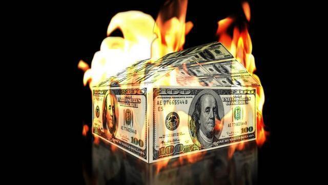 中国买家提前撤离,巴菲特带头抛售,美联储印出的庞氏骗局或被揭开